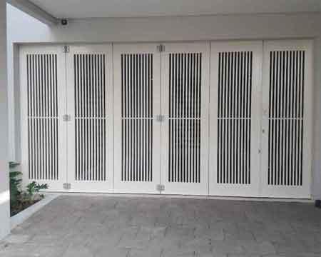 Pintu Garasi - Type : Vertical line