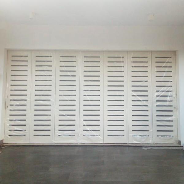 Pintu Garasi - W 380 G1