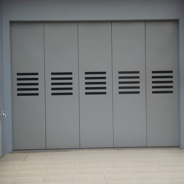 Pintu Garasi - Minimalis