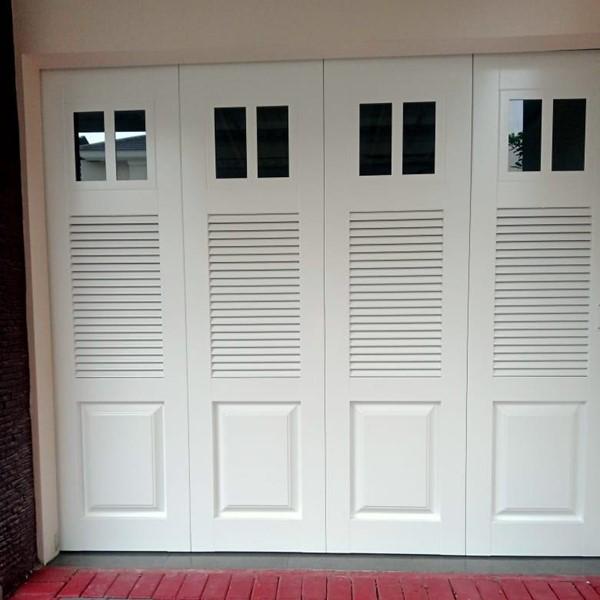 Pintu Garasi - W 380 D3