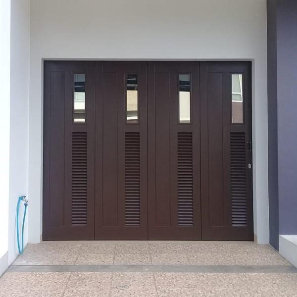 Pintu Garasi - Minimalis Kaca