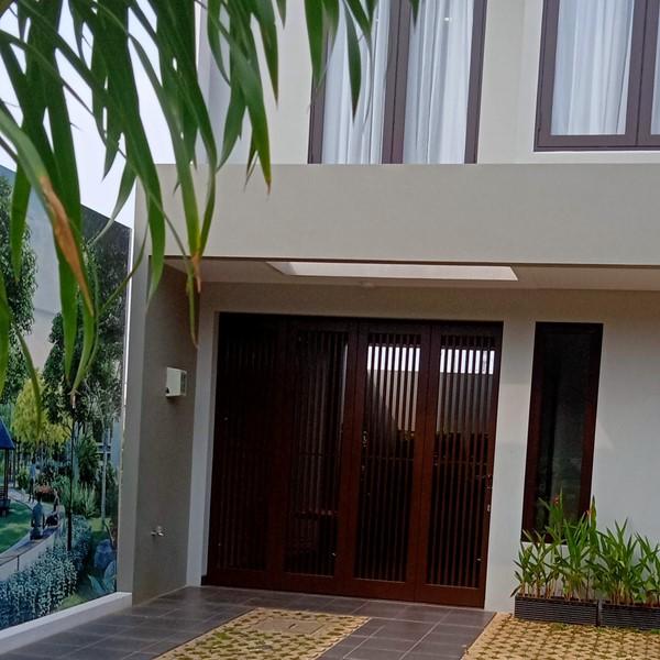 Pintu Garasi - Minimalis Modern