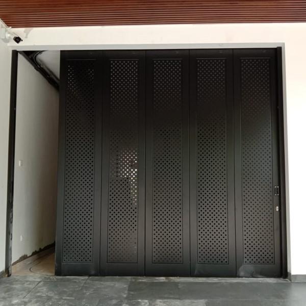 Pintu Garasi - Full Perforated