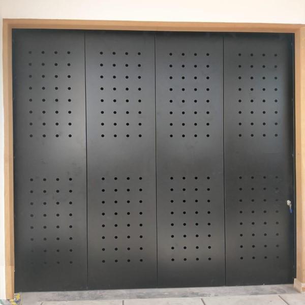 Pintu Garasi - Modern Perforated