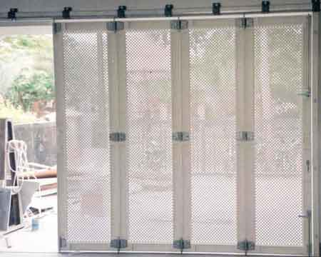 Pintu Garasi - Type : Perforated