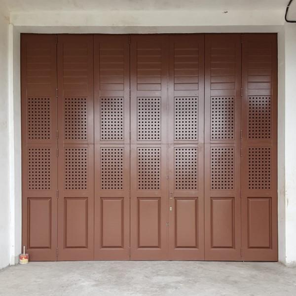 Pintu Garasi - Tropis Perforated