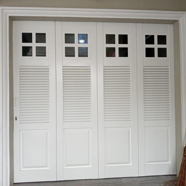Pintu Garasi - W 380 D4