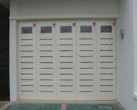 Pintu Garasi - Type : W380 G1 Kaca